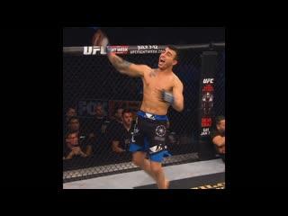 Один из самых быстрых нокаутов в истории UFC - Макван Амирхани