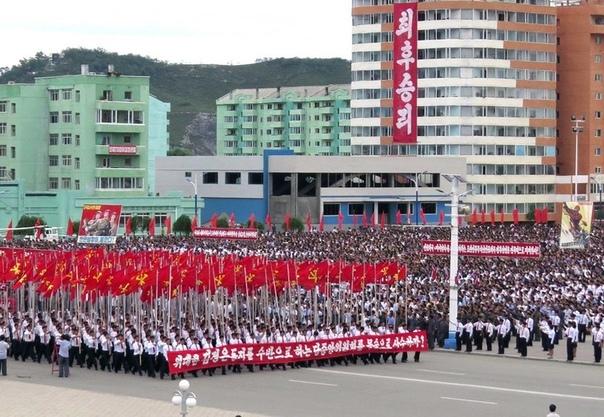 16 августа 2017 года ..В разных местах Республики продолжают идти митинги в поддержку заявления правительства КНДР. 14-го августа на площади воспитания перед Монументом победы в Отечественной