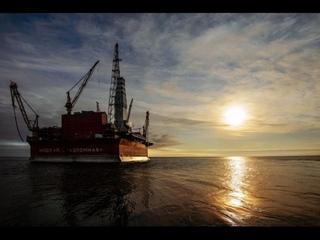 """Первая Арктическая: документальный фильм о платформе """"Приразломная"""""""