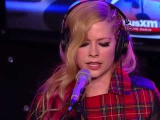 Avril Lavigne - Howard Stern Interview with Chad Kroeger