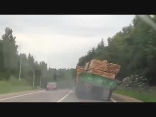Смешно и страшно Когда водитель идиот! Авто Прикол,ржака,авария,новое 2015