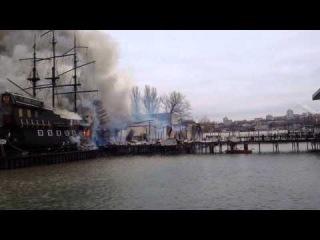 Пожар в ресторане Петровский Причал 16 ноября 2014. Ростов-на-Дону