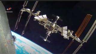Что-то пролетело рядом с МКС.  Еще одно фейковое видео Роскосмоса