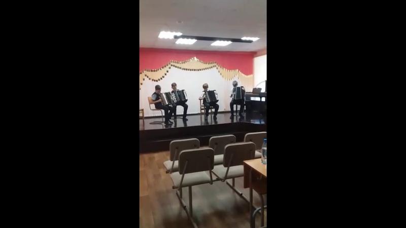 Квартет баянистов А Иванов Прелюдия Е Дербенко Гармонист играет джаз