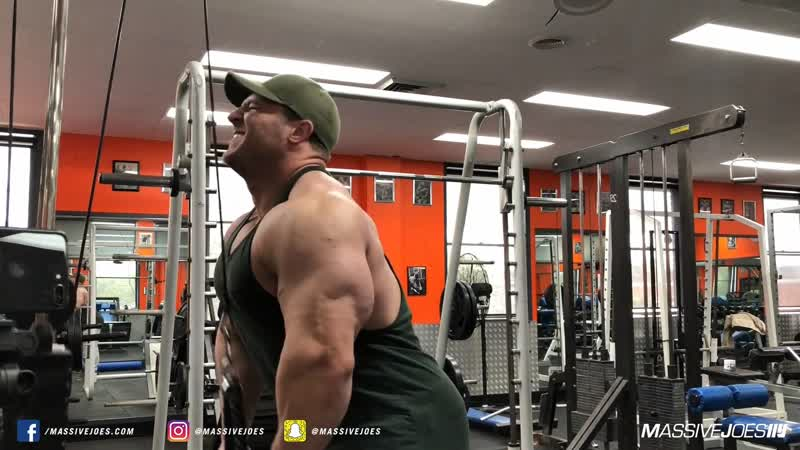 Jake Nikolopoulos Trains Arms