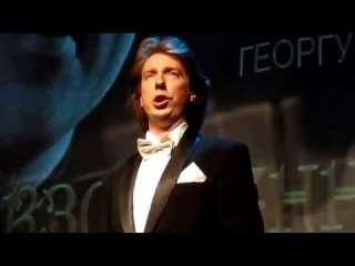 Boris Pinkhasovich singing Mr X's aria , from the Operetta 'Die Zirkusprinzessin' by Emmerich Kalman