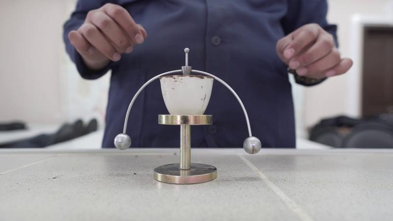 Определение влажности верхнего предела пластичности методом балансированного конуса