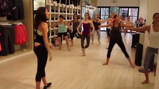 Lifestyle Jules Full Ballet Barre Class at Calvin Klein Performance
