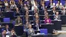 Schlagabtausch zwischen Gauland und Schulz: AfD gehört auf den Müllhaufen ...