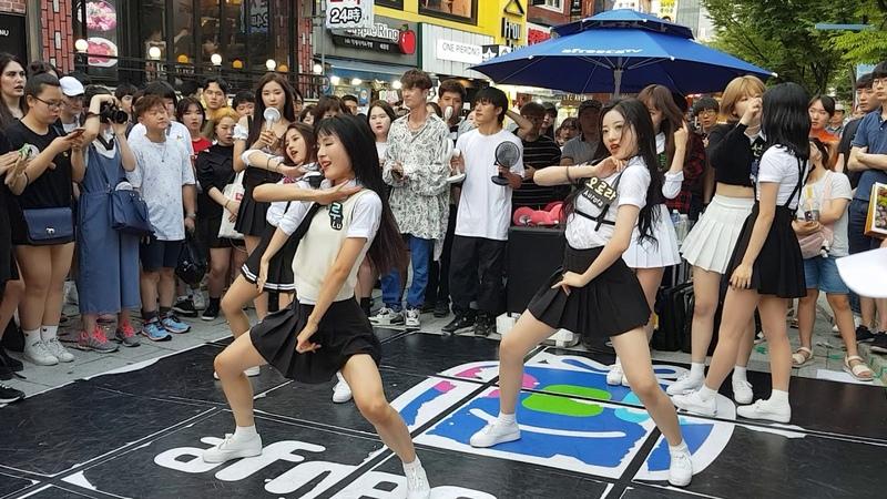 랜덤 플레이 댄스 (네이처) - 춤추는 곰돌 홍대 버스킹 게스트 직캠