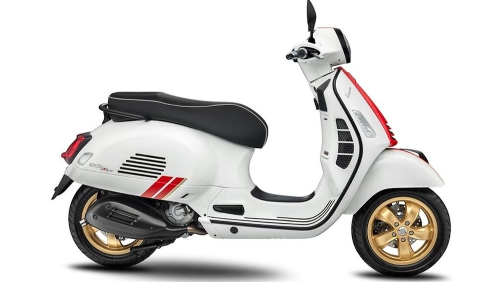 Скутер Vespa Racing Sixties Edition