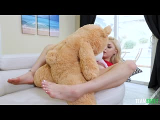 [TeamSkeet] Sia Lust - Freaky With The Teddy NewPorn2021