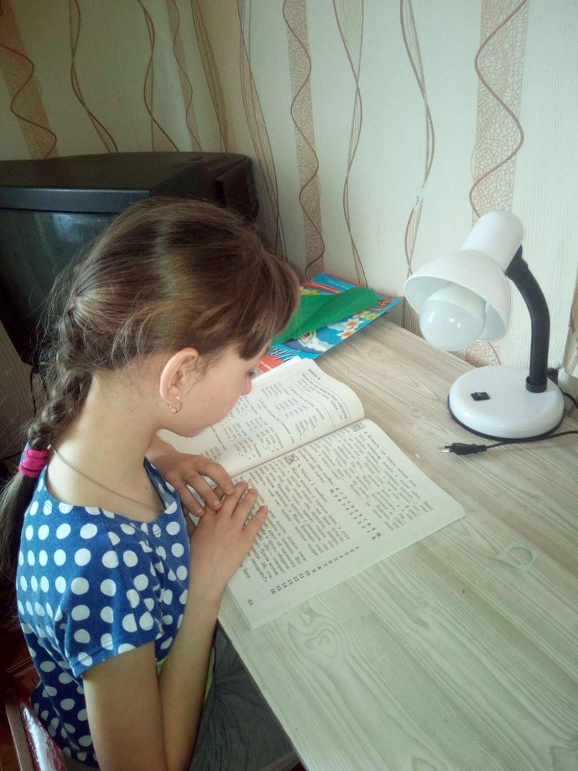 Библиотеки Петровского района проводят дистанционные акции для читателей