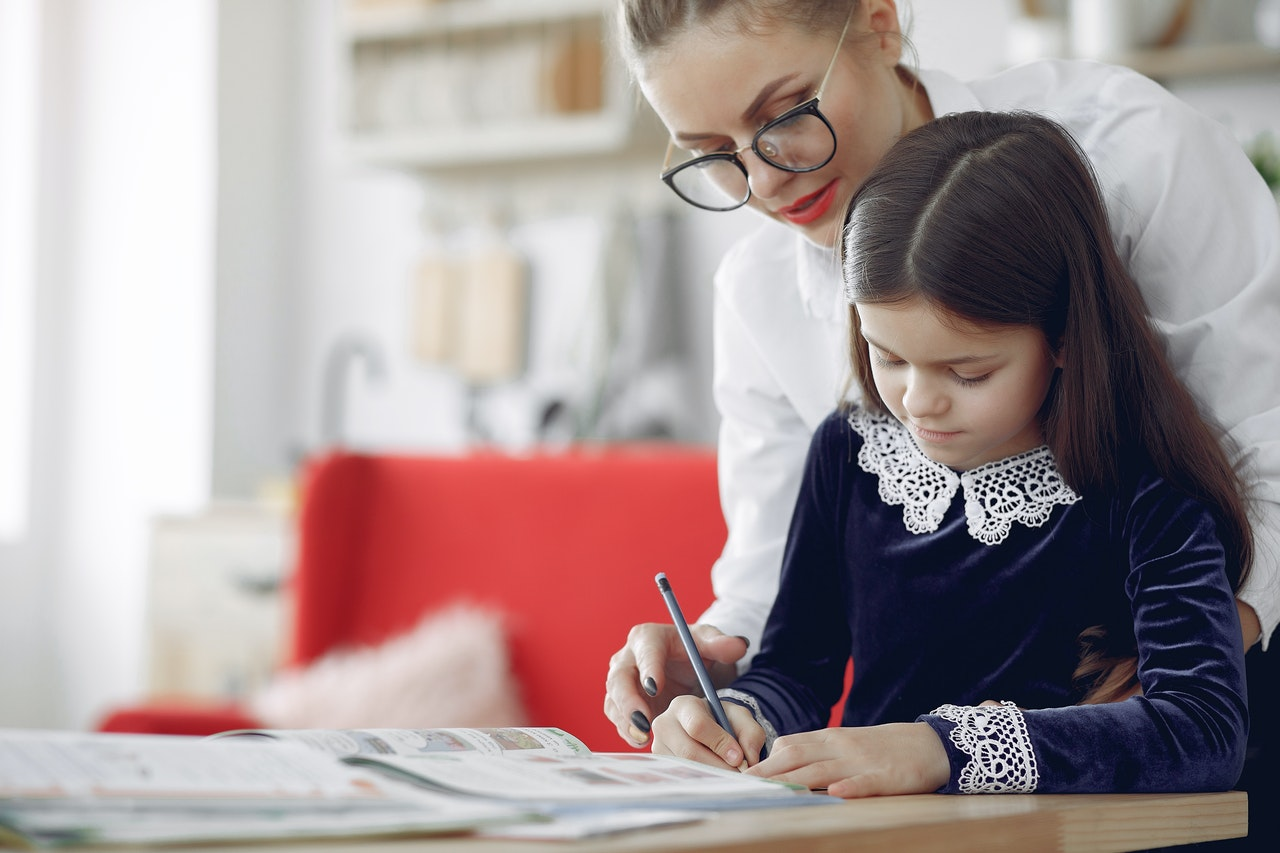 Как приучить детей самостоятельно делать уроки