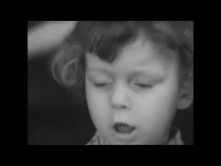 """Стихотворение Роберта Рождественского """"На Земле безжалостно маленькой..."""" в исполнении 3-х-летнего мальчика из детдома"""