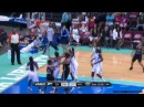 Becky Hammon breaks Leilani Mitchell's ankles