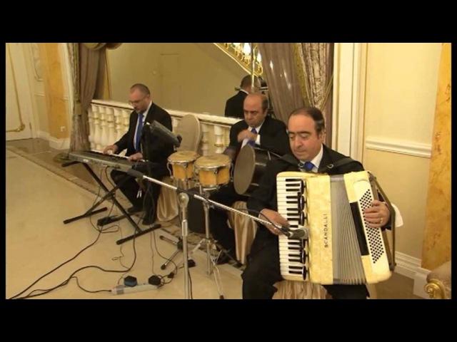 Армянский музыкант в Москве, Аккордеонист Артём Арутюнян, Трио Дилижанс - Мугам и танец