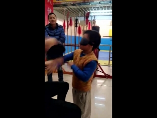 Chinese kong fu china chen ming chuan(9 years old),wing chun style of cover eyes training