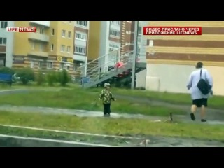 Озорной ребёнок прославился на весь рунет!