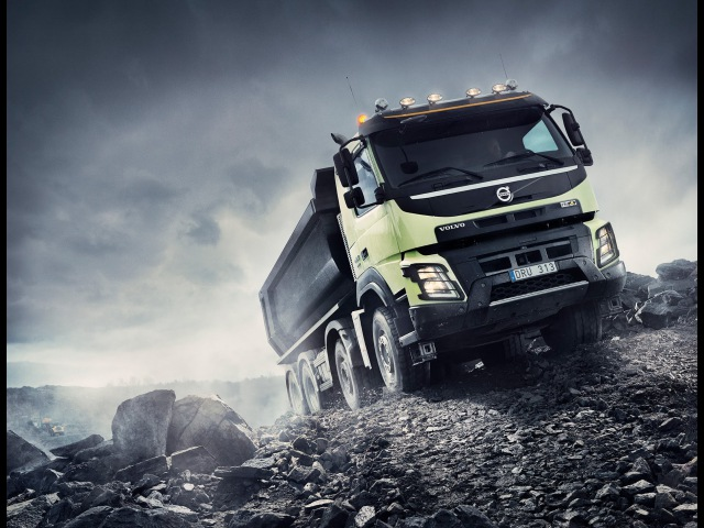 Volvo Trucks - Automatic Traction Control - for improved driveability and economy