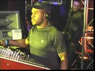 DJ EZ, Kofi B & CKP - Sidewinder v Liberty - Sanctuary, Milton Keynes - April 2003