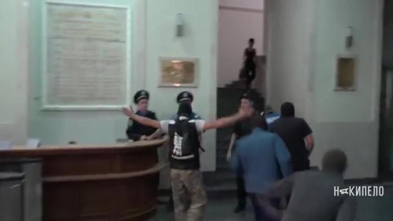 прикол класный 1 harkovskie aktivisti iskali dobkina v gorsovete
