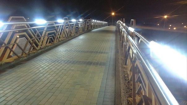 Тут очень классно гулять по вечерам, кто знает это место?)😊😊😊 анон