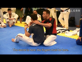 Katagarenzo renzo gracie shows his innovative choke on demian maia