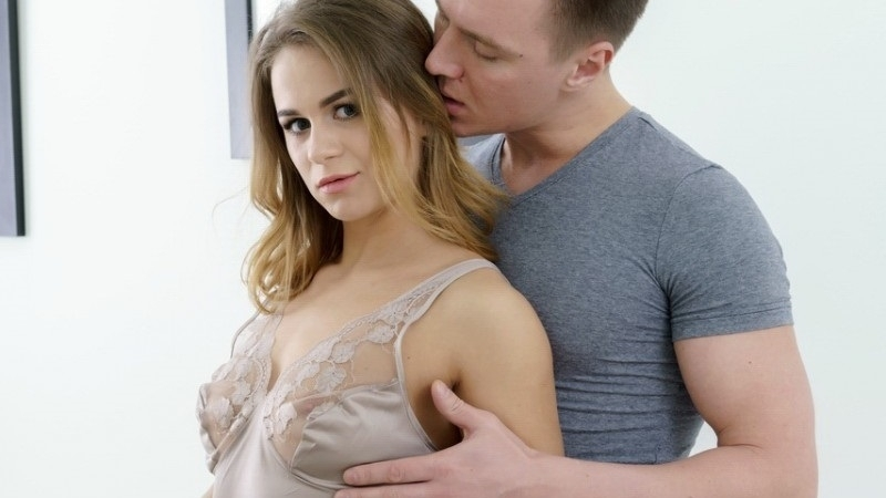 Hot Young Blonde Jenny Manson Gets Anal Creampie, First Anal
