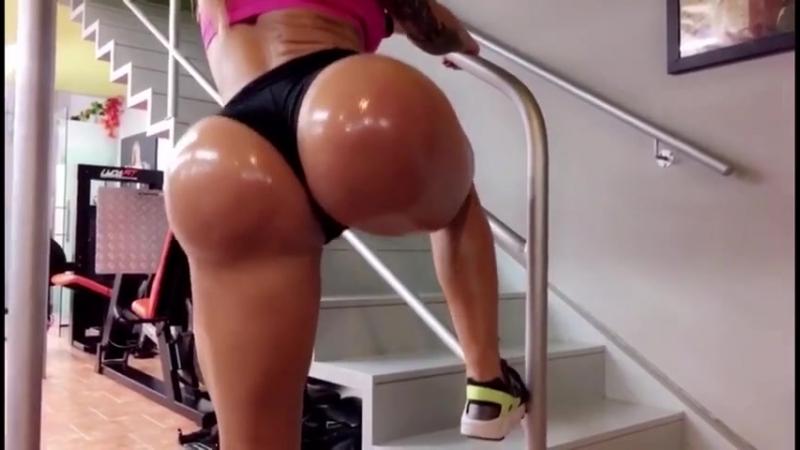 Victoria Lomba Good day loves bikini fitness бикини бразильская brasil фитнесс фитоняшки бикиняшки ass попка мамка milf