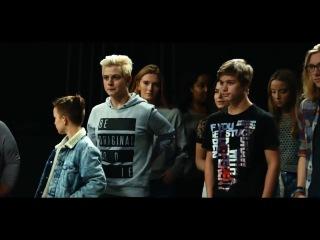 """""""Они"""" и """"Мы"""" - мощнейший социальный ролик датского телевидения"""