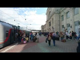Прибытие в Волгоград и Родина-Мать из окна поезда