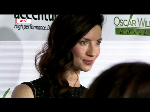 Caitriona Balfes Parents Would Never Admit Theyre Proud of Her! - Red Carpet
