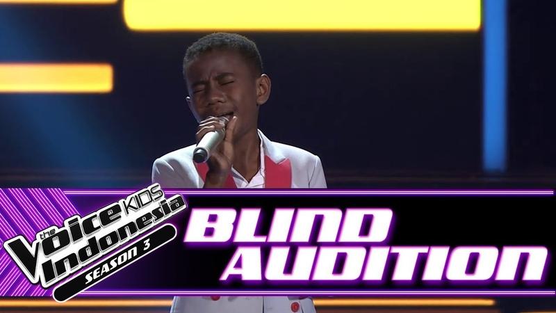 Hendrik - Mama Papa Larang   Blind Auditions   The Voice Kids Indonesia Season 3 GTV 2018