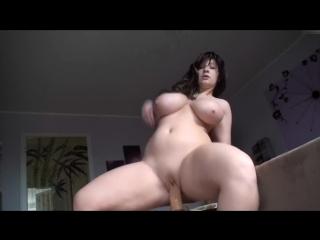 Немка кончает на камеру big huge round tit german milf mom hot horny orgasm woman riding dildo (инцест со зрелыми мамочками 18+)
