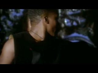 Haddaway - What Is Love (СТАРЫЙ КЛАССНЫЙ КЛИП! СУПЕР-ХИТ! НОСТАЛЬГИЯ 90-е)