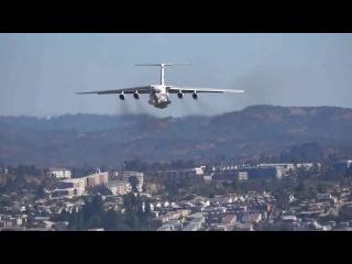Самолёт МЧС России ИЛ-76 в Чили сбрасывает воду и делает радугу !!! Чилийцы визжат от восторга !!!