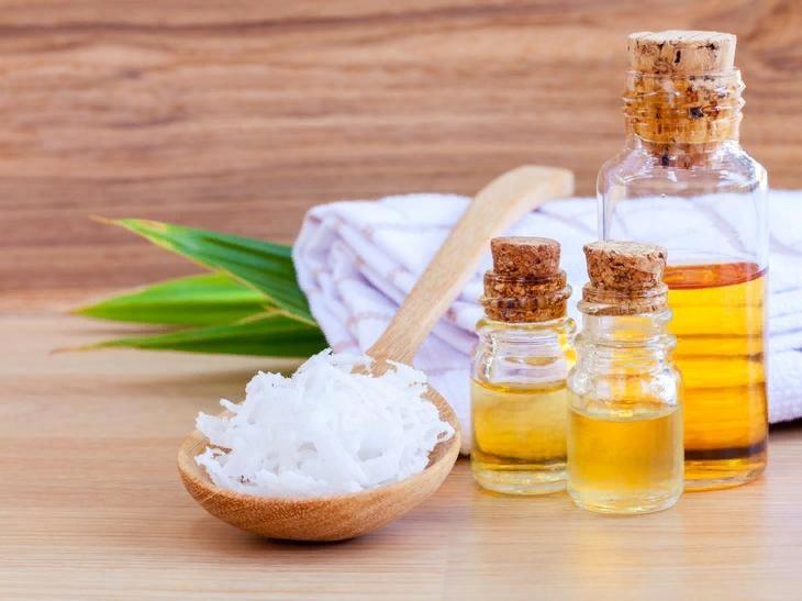 масло омолаживает кожу, препятствует образованию морщин