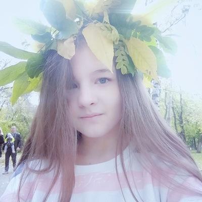 Лена Колесникова