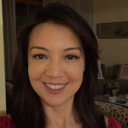 """Portal Ming-Na Wen Brasil on Instagram: """"📽   24.09 - @mingna_wen • • • • • Sending kisses to Leo, who's an adorable 2 year old diagnosed with INAD...."""