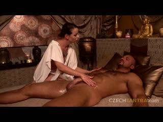 [czechtantra.com] caroline ardolino (esence božské vášně) [blowjob milf massage]