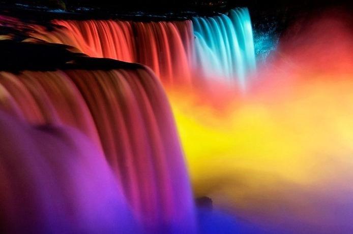 Световое шоу Ниагарского водопада, изображение №3