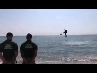 Английские морпехи апробируют передовые способы перемещения на поле боя