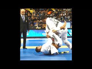 "Джонатан ""jt"" торрес: чёткий сабмишн. 2019 ibjjf world championship."