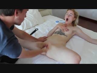Доводит русскую девушку до мощного оргазма порно видео кунилингус мастурбация