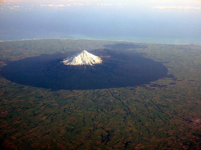 Вулкан Таранаки в Новой Зеландии, изображение №5