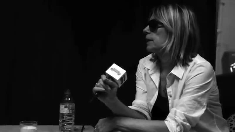 LE CIEL Interview de Kim Gordon