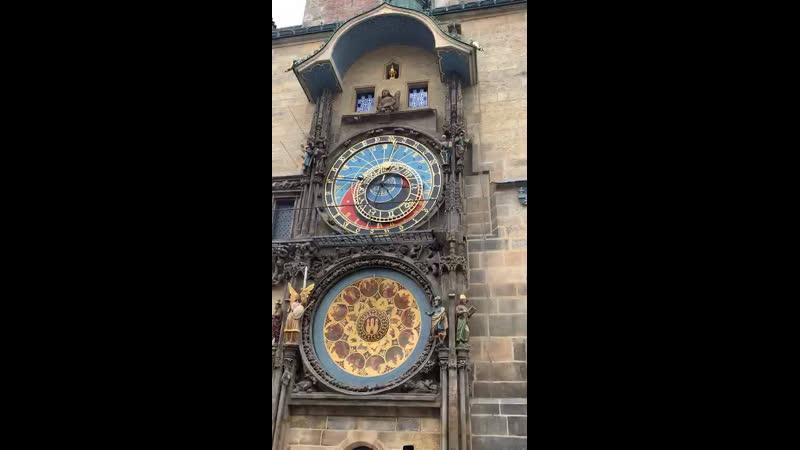 Средневековые астрологические часы в Праге! Они работают!