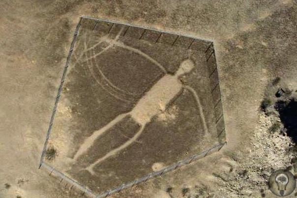 БЛАЙТСКИЕ ФИГУРЫ (США) - гигантские геоглифы.
