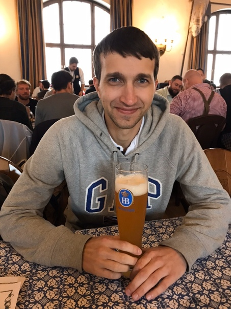 константин пивоваров фото темно синим